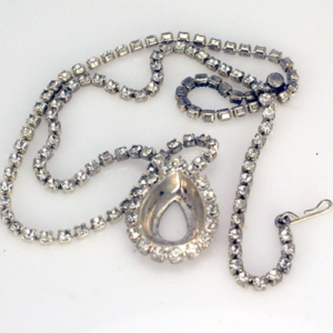 Rhinestone Necklace with Pear Setting SM