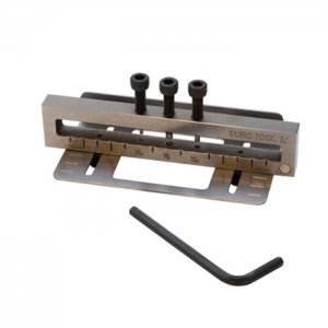 Delux 3 Hole Metal Punch